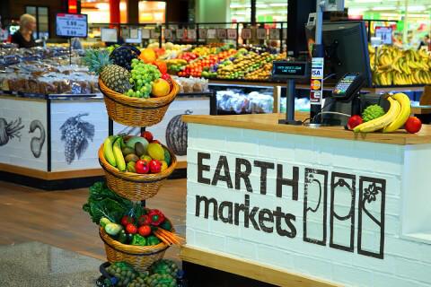 EarthMarket_0130_LR