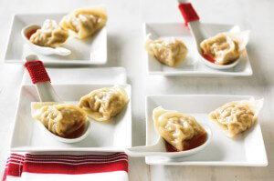small-Mushroom-Pork-&-Ginger-Steamed-Dumplings_1208230357[1]